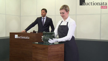 Auctionata's live auction studio with auctioneer Fabian Markus (left). Courtesy Auctionata AG, Berlin and New York.