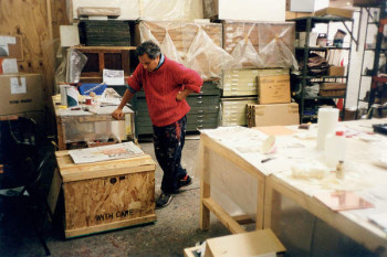 Fig. 10. Anish Kapoor waiting for the white ground solution to dry, London studio, 2001.