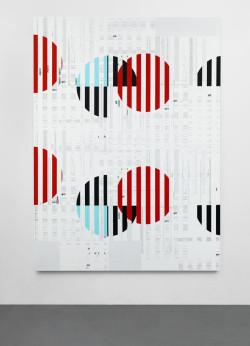 Michael Riedel, Untitled (Comb Vertical) (2013), screenprint on linen, 229.9 x 170.2 cm. Courtesy David Zwirner, New York/London.